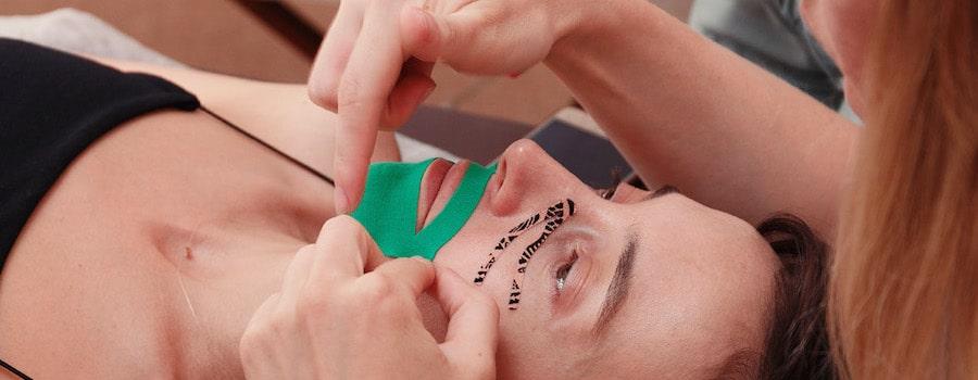Причини почервоніння після використання тейпів